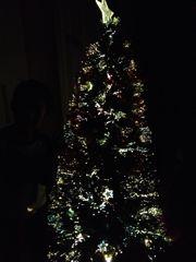【サンタさんはいつまで…?】年末に向けツリー出して、クリスマスプレゼントをポチ。
